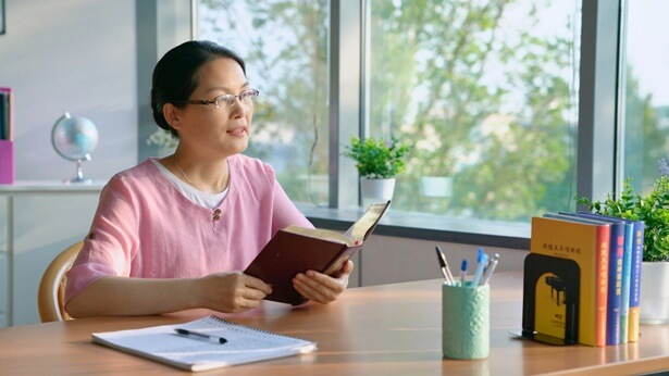 How God's Words Helped Her Overcome the Temptation of Losing Her Wealth